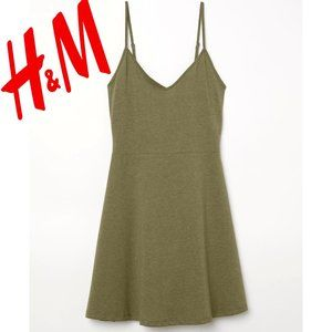 H&M Short Skater Jersey Dress - Green